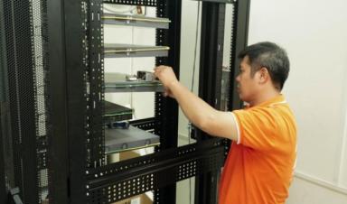 FPT Telecom tặng phòng lab cho các trường đại học